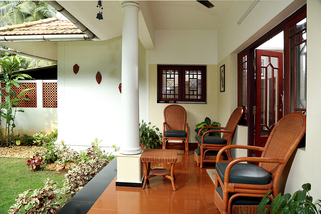 Courtyard houses nallu kettu urp design services Interior design ideas for kerala houses