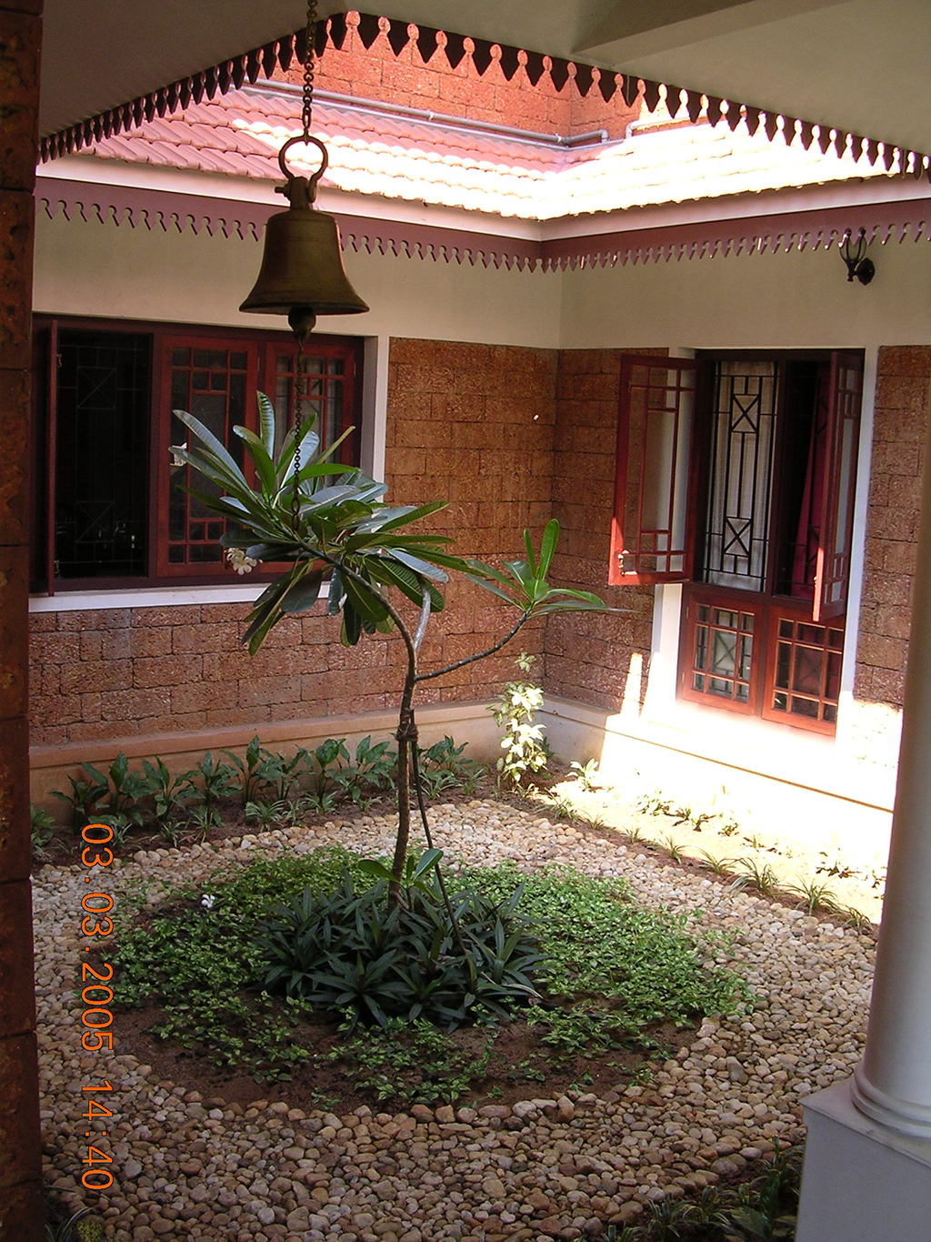 Plan of kerala houses with courtyard home design and style for House plans with photos in kerala style